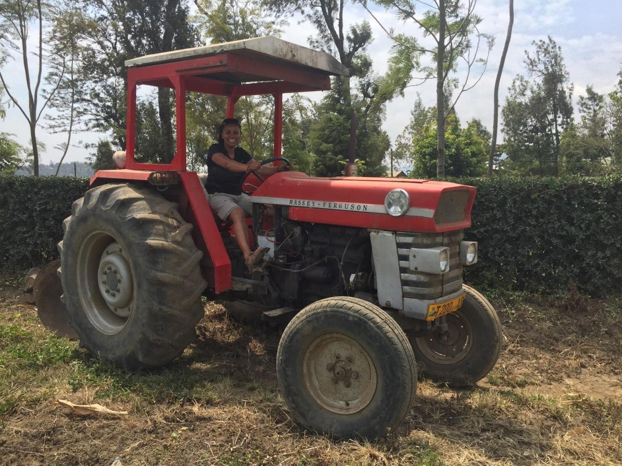 Sharki3 goes farming